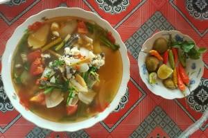 Zupa Laos