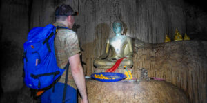 Budda w jaskini Loup
