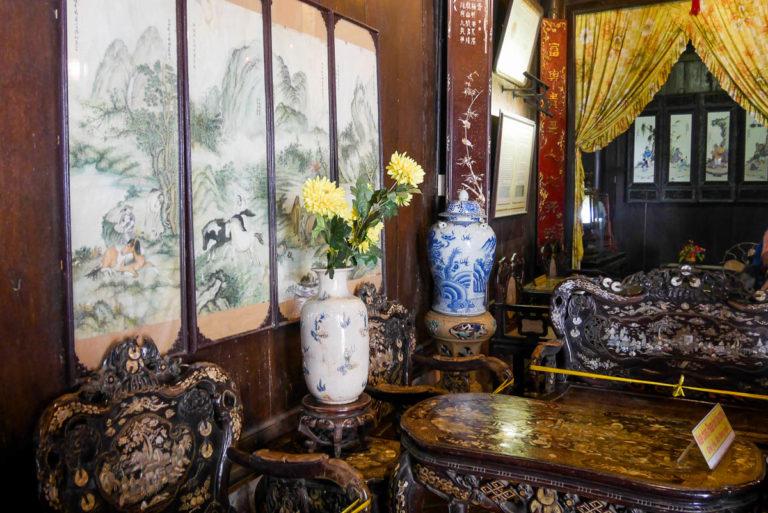Salon w Tan Ky