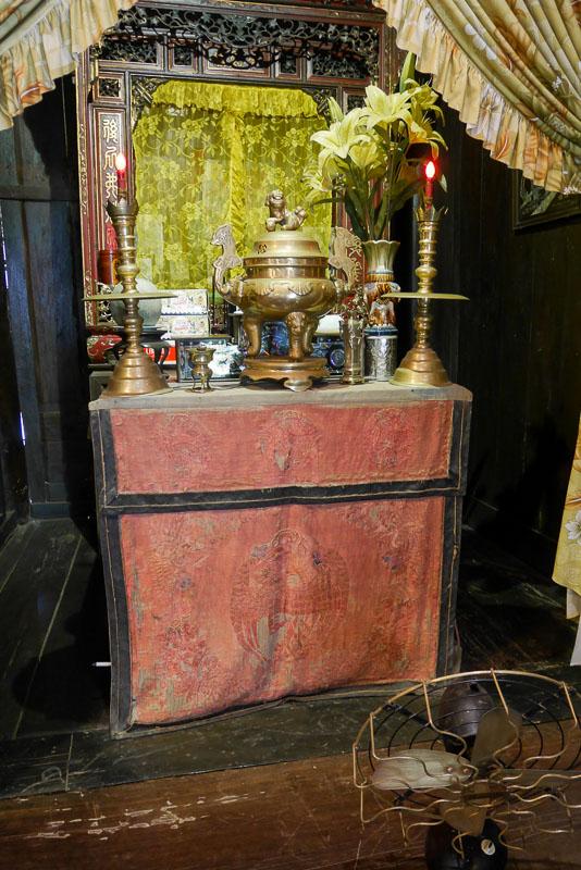 Ołtarz w Tan Ky