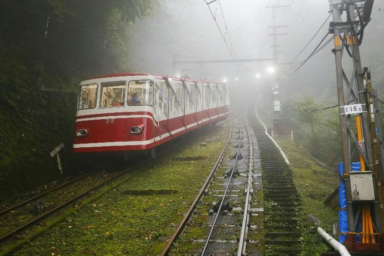 pociąg do Koyasan