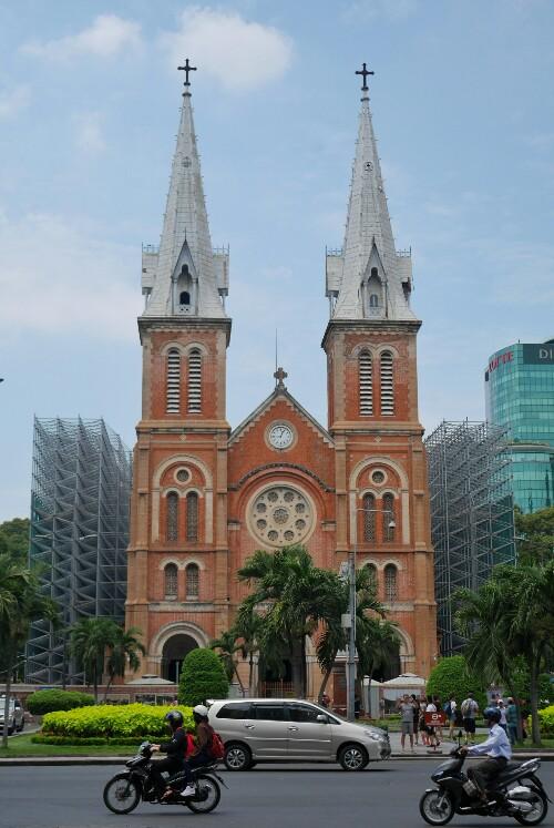 kościół NMP w Sajgonie w Wietnamie