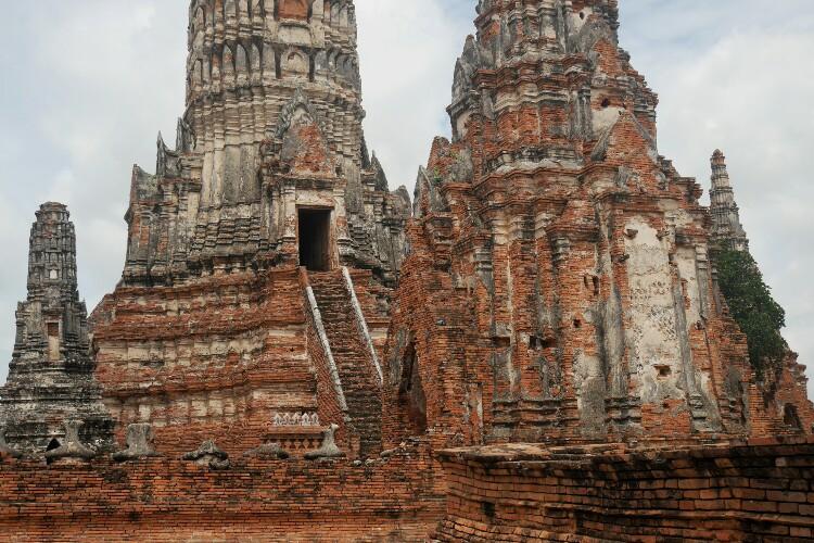 świątynia Wat Chaiwatthanaram