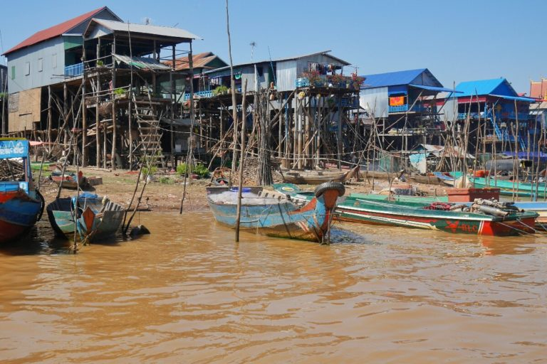 Kampong Phluk w Kambodży