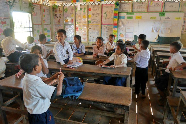 szkoła w Kampong Phluk w Kambodży