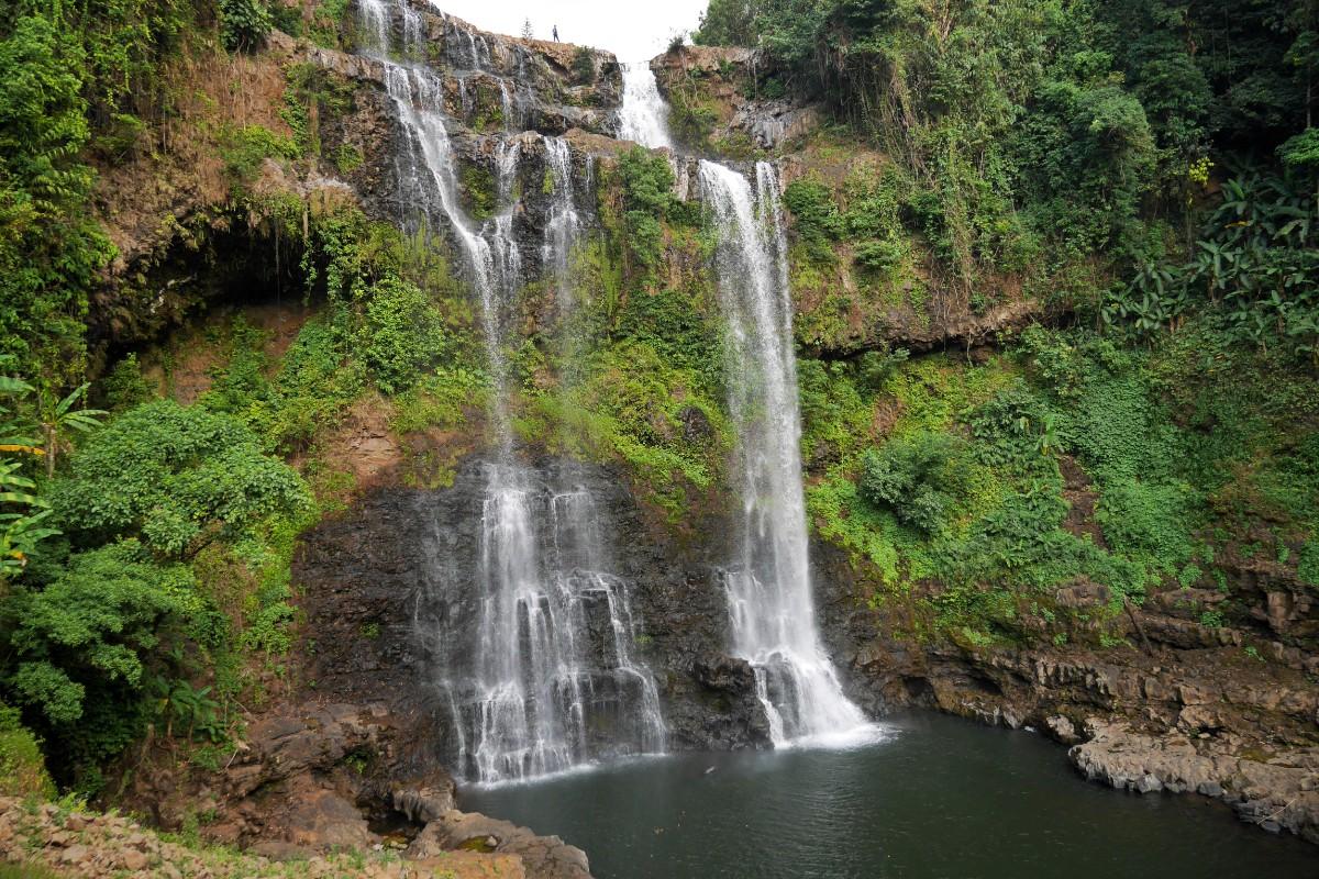 Wodospad Yuang niedaleko Pakxe w Laosie