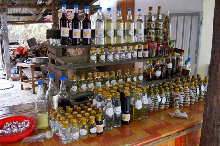 Whisky Village w Laosie