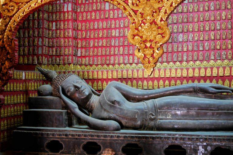 Wat Xieng Thong w Luang Prabang w Laosie