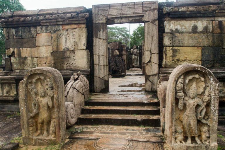 Mura Gala w Polonnaruwa na Sri Lanka