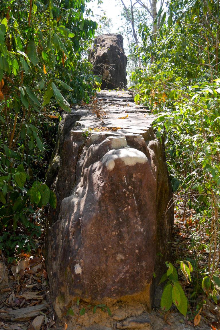 Laos, Kampaeng Yark niedaleko Thakhek