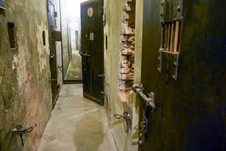 Dawne więzienie Hoa Lo w Hanoi