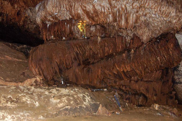 Kadzidełka w jaskini Loup