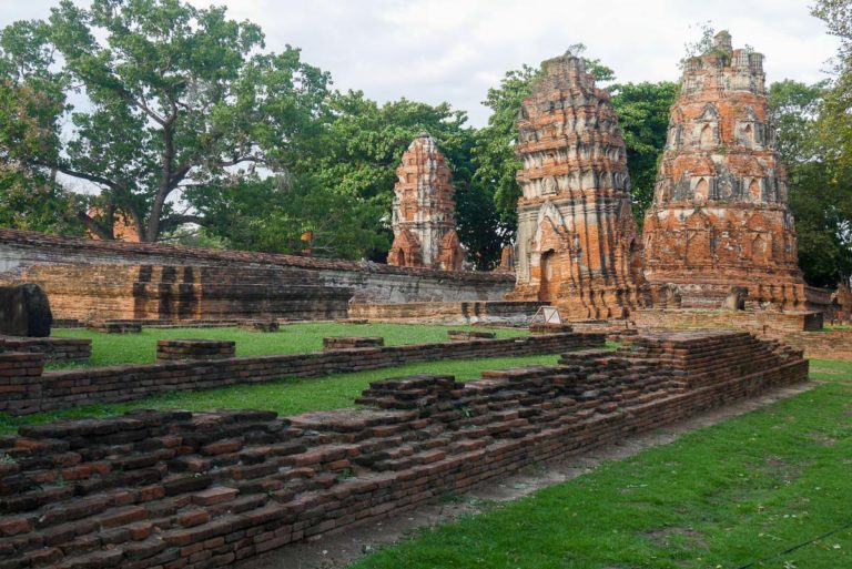 Wat Maha That - Świątynia Wielkiej Relikwii w Ayutthaya