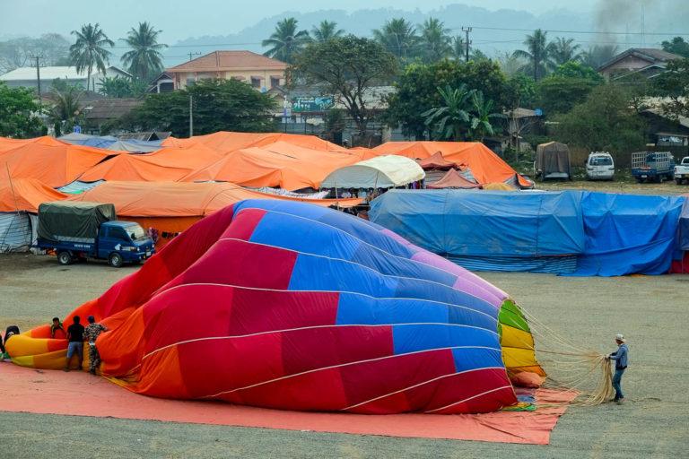 Na dawnym pasie startowym jest dziś targ i lądowisko balonów