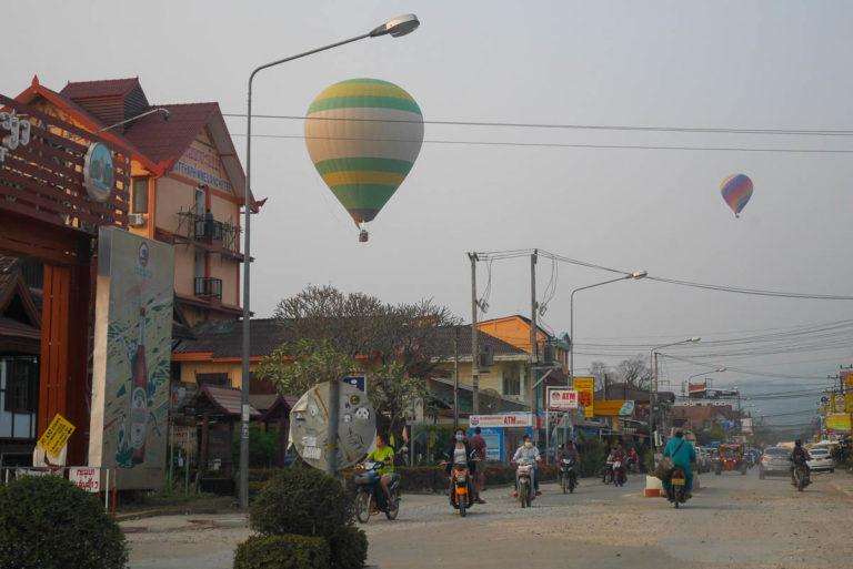 Balony nad Vang Vieng
