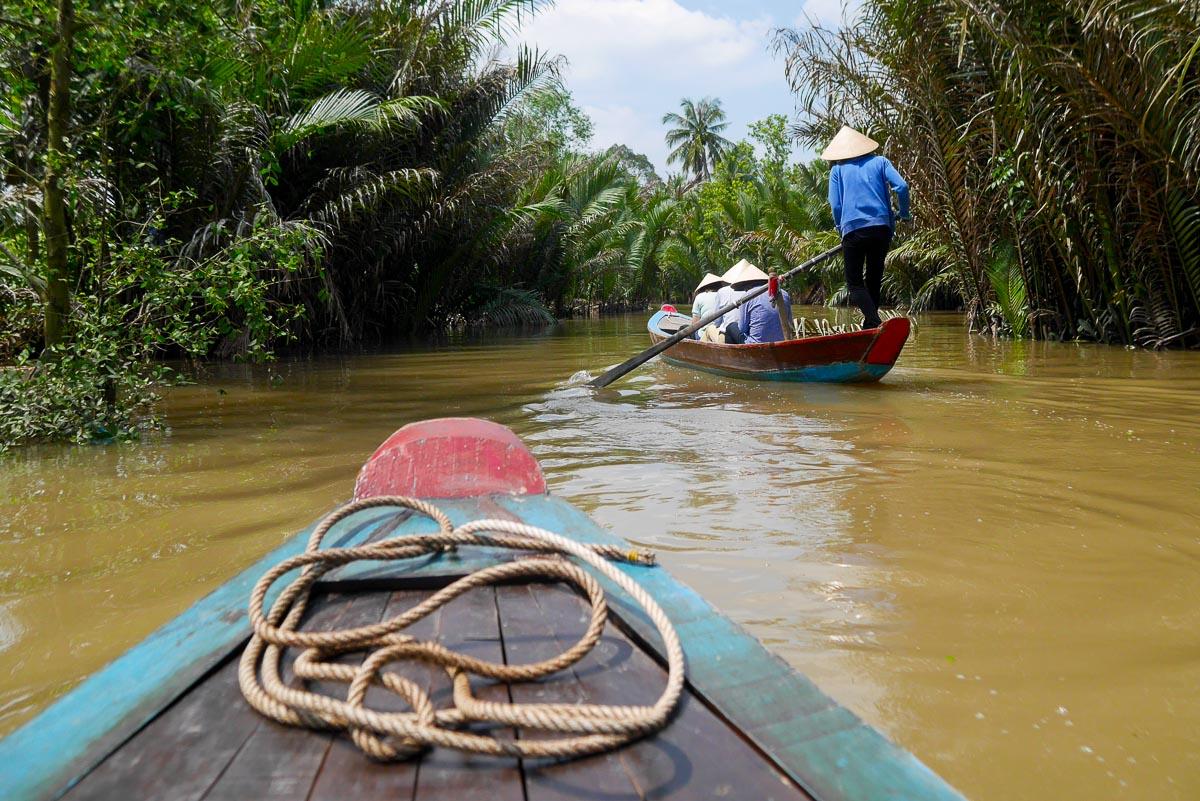 Wąski kanał Delty Mekong