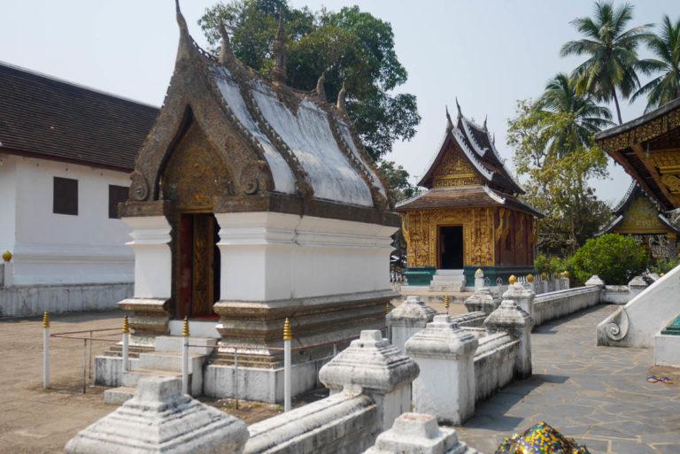 Kaplicą Stojącego Buddy i Sanktuarium Leżącego Buddy