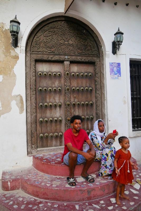 Tradycyjne drzwi na Zanzibarze