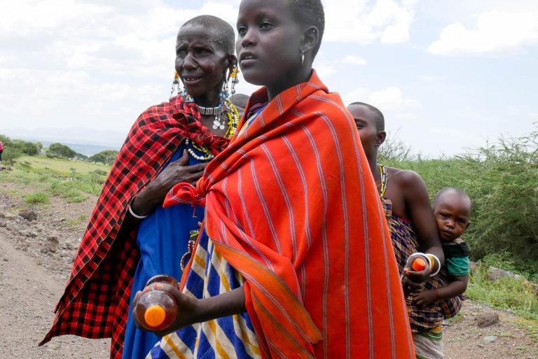 Charakterystyczne stroje Masajek