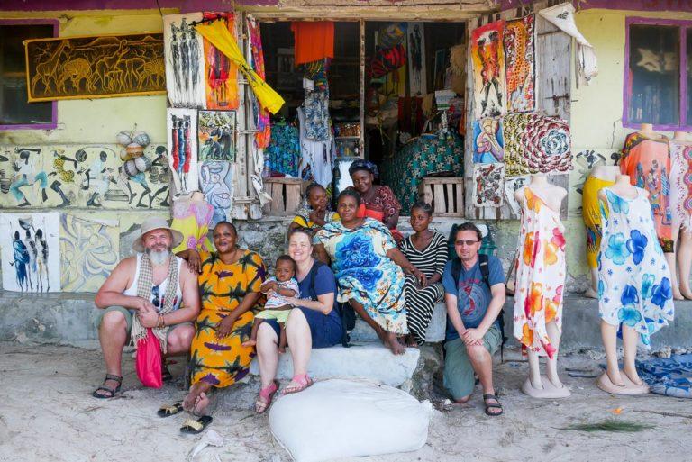 Sklep Mama Africa na plaży