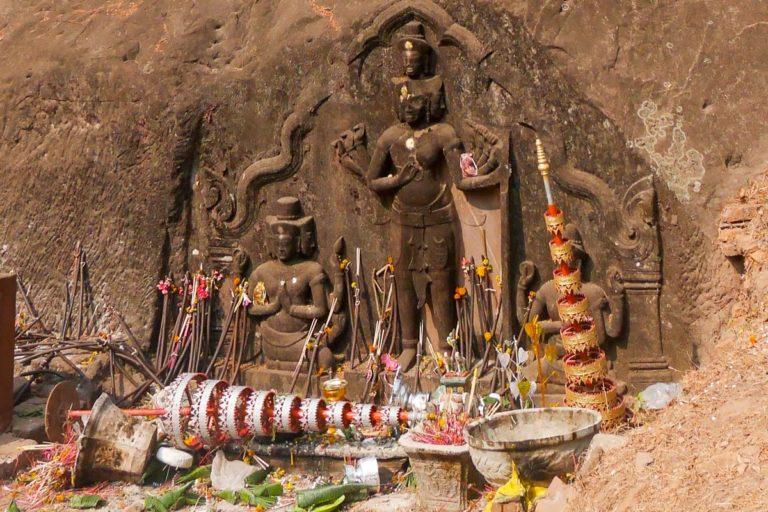 Hinduscy bogowie: Wisznu, Śiwa i Brahma