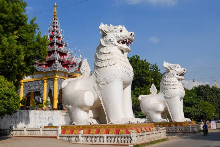 Wejście na wzgórze Mandalay