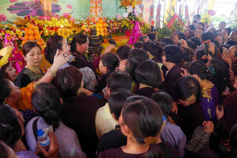 Święto buddyjskie obchodzone w Tran Quoc